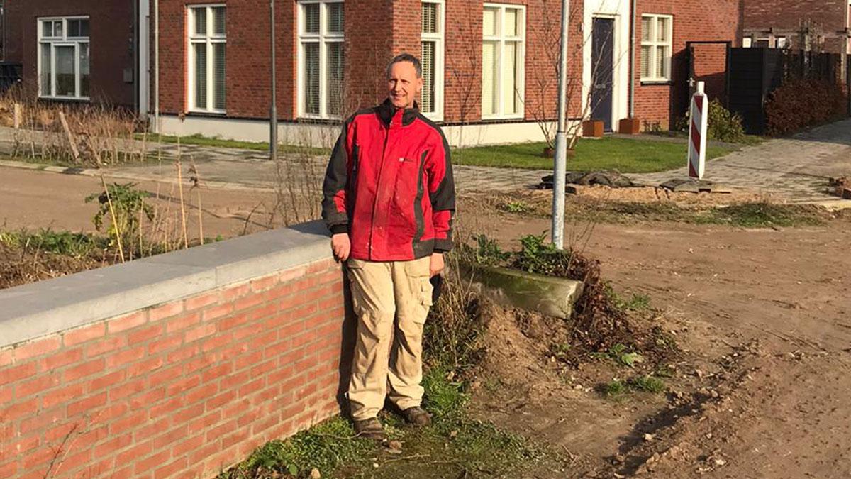 Henk Opheij 25 jaar in dienst bij Bouwbedrijf Versteegden